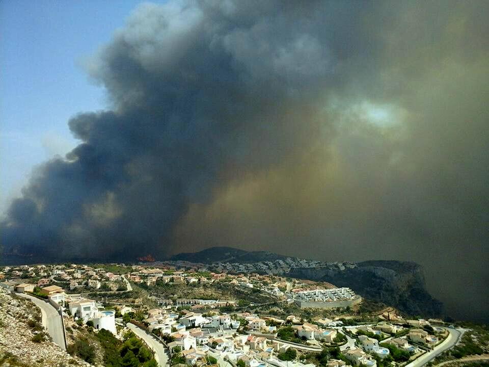 Camí Vell de la Granadella y Puig de la Llorença (incendio forestal Xàbia-Benitatxell). Autor Xavi Tro (2)