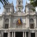 El Ayuntamiento aborda la diversidad religiosa en la ciudad.