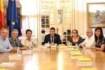 el-president-de-les-corts-se-interesa-por-la-cooperacion-de-la-administracion-con-la-plataforma-del-tercer-sector