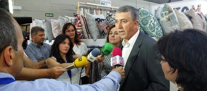 el-certamen-ha-recibido-hoy-la-visita-institucional-del-conseller-de-economia-sostenible-de-la-generalitat-valenciana-rafael-climent
