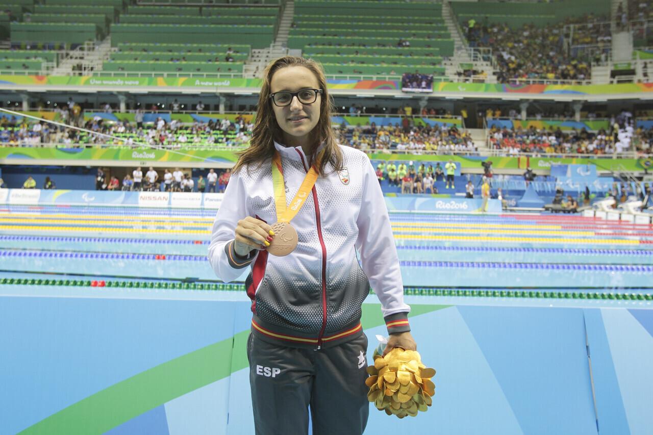 Medalla de bronce en la prueba de 50m estilo libre. Categoria S12