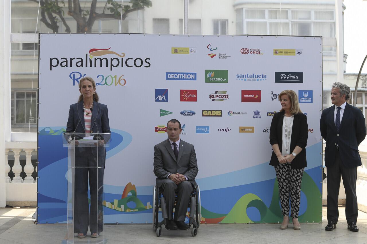 Coctel organizado por el Comite Paralímpico Español. Asistente ministra Fatima Bañez, Secretaria de estado Susana Camarero y la Infanta Doña Elena