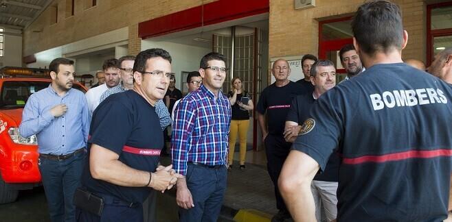 Jorge Rodríguez visita las instalaciones del parque de bomberos de Torrent. (Foto-Abulaila).