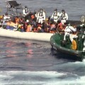 la-guardia-civil-colabora-en-el-rescate-de-581-inmigrantes-en-aguas-italianas