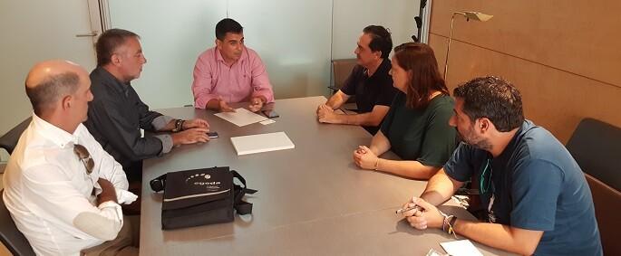 Reunión de ciudadanos con la Federación de Empresarios Audiovisuales Valencianos.