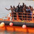 Salvamento Marítimo rescata a 177 personas de 6 pateras localizadas en el Estrecho y el mar de Alborán.