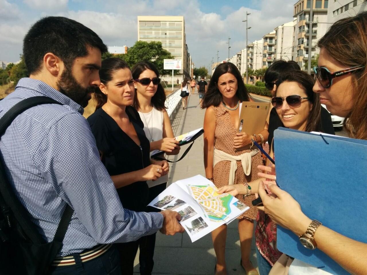 sara-uso_visita-al-raval-universitari
