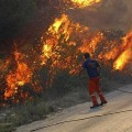 Sigue descontrolado el incendio que afecta a Jávea.