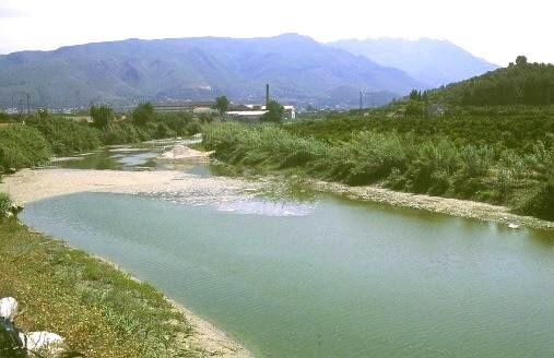 Río Serpis a su paso por Potries