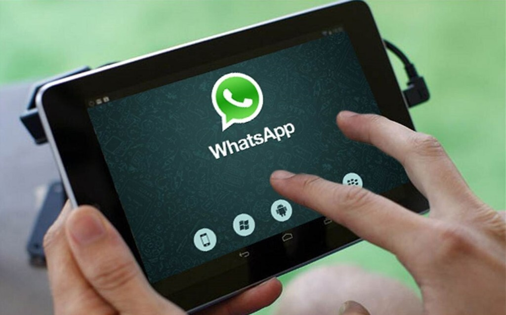 tablet-whatsapp