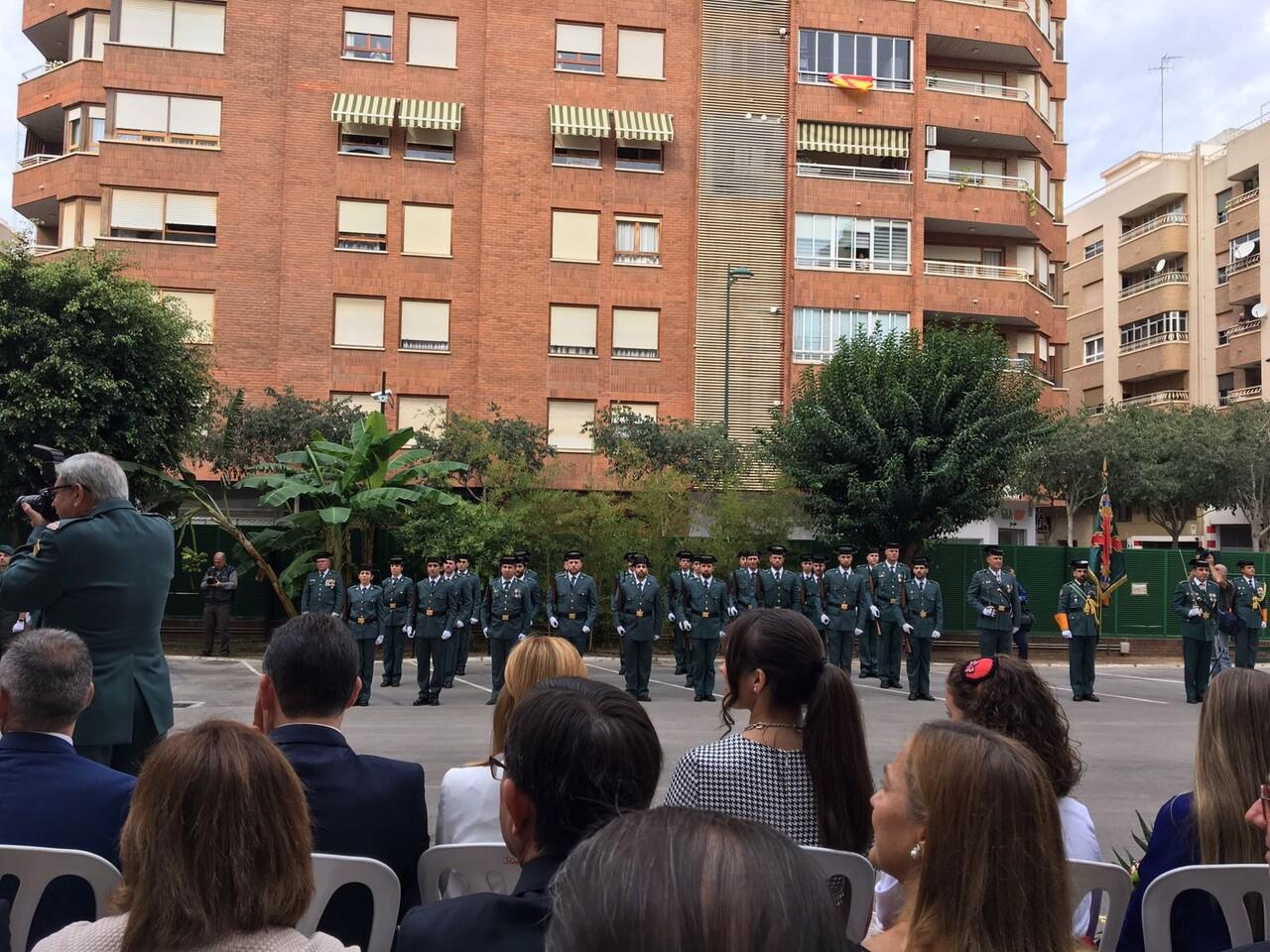 amparo-marco-i-els-tinents-dalcaldia-antonio-lorenzo-i-rafa-simo-han-assistit-hui-a-lacte-institucional-de-la-festivitat-de-la-verge-del-pilar