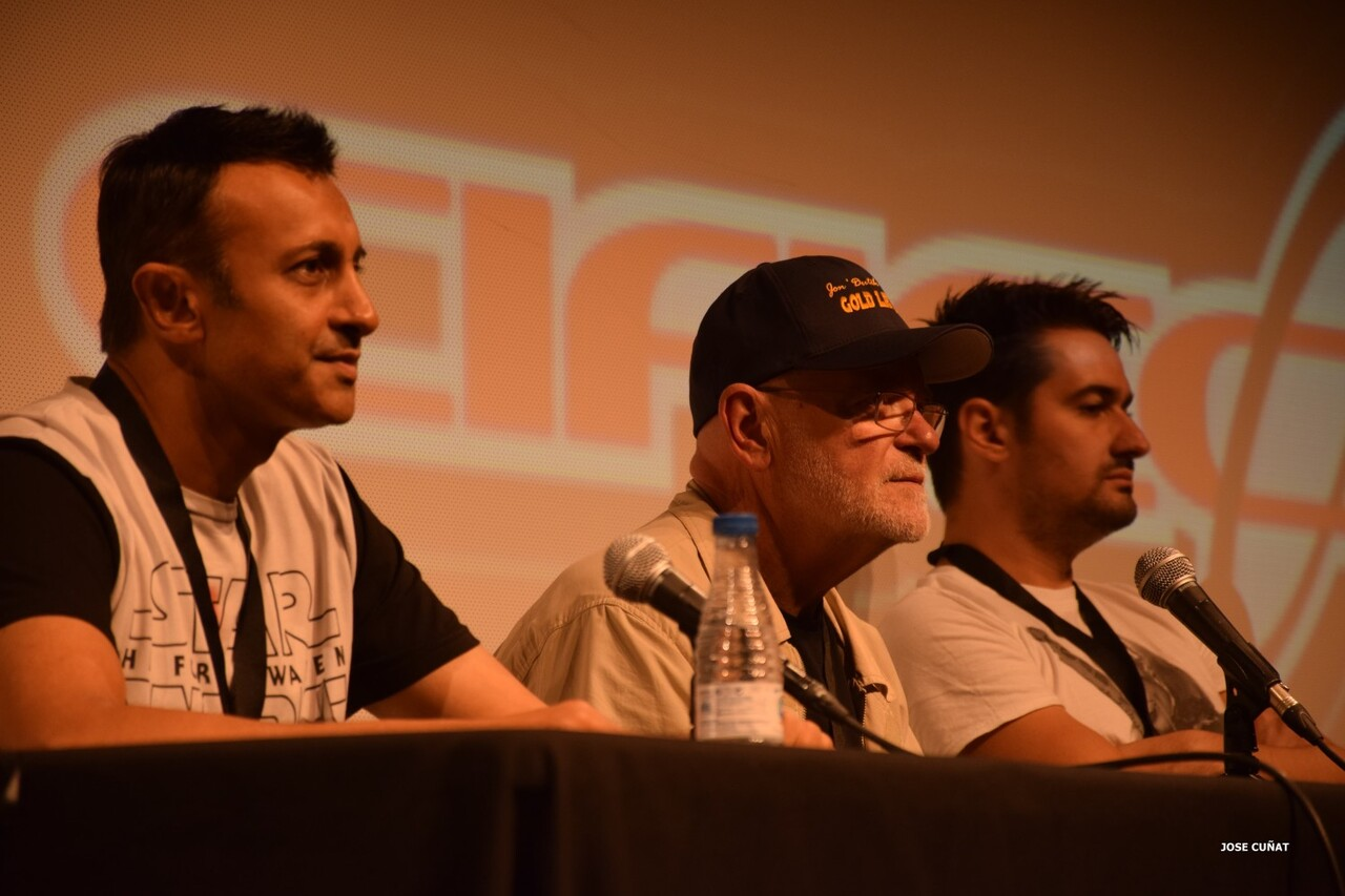 cificom-valencia-2016-star-wars-sandeep-mohan-actor-davis-m-santana-actor-angus-macinnes-acto-cosplayers-juegos-de-mesa-y-videojuegos-24