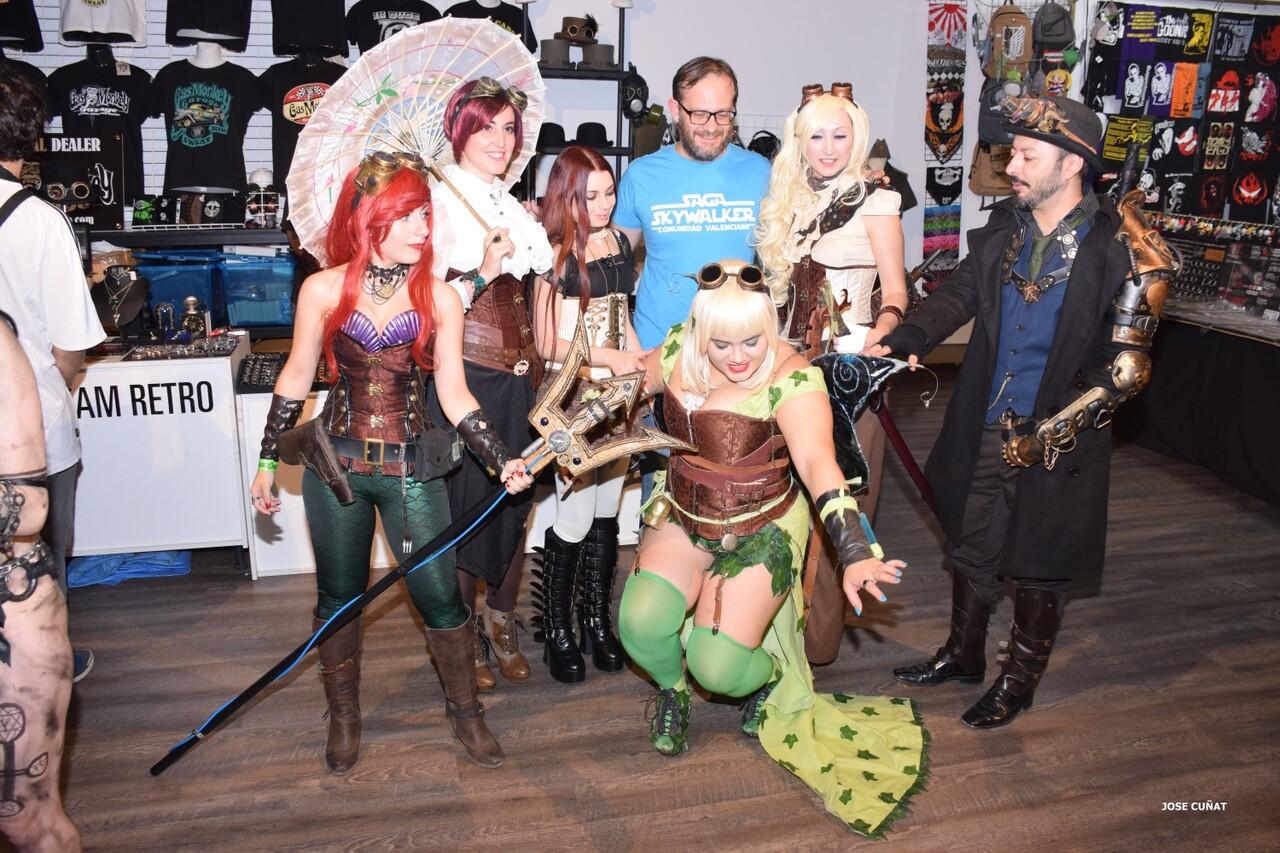 cificom-valencia-2016-star-wars-encuentro-de-cine-ficcion-y-coleccionismo-cosplayers-juegos-de-mesa-y-videojuegos-62