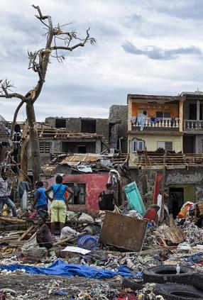 cerca-de-900-perosnas-perdieron-la-vida-al-paso-del-huracan