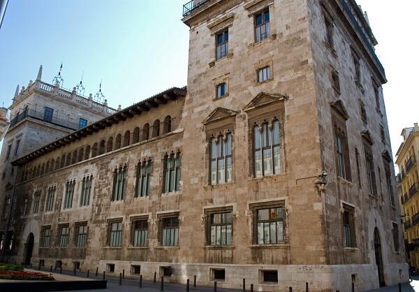 el-consell-declarara-bien-de-interes-cultural-inmaterial-la-procesion-civica-del-9-doctubre-en-valencia