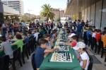 la-plaza-exterior-de-nuevo-centro-acogio-la-segunda-jornada-del-xx-torneo-municipal-de-ajedrez-juego-limpio
