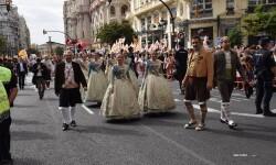 procesion-civica-valencia-9-octubre-senera-senyera-corte-falleras-2