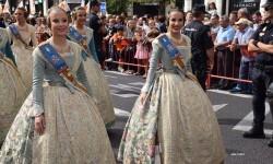 procesion-civica-valencia-9-octubre-senera-senyera-corte-falleras-4