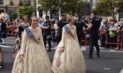 procesion-civica-valencia-9-octubre-senera-senyera-corte-falleras-6