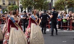 procesion-civica-valencia-9-octubre-senera-senyera-corte-falleras-8