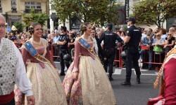 procesion-civica-valencia-9-octubre-senera-senyera-corte-falleras-9
