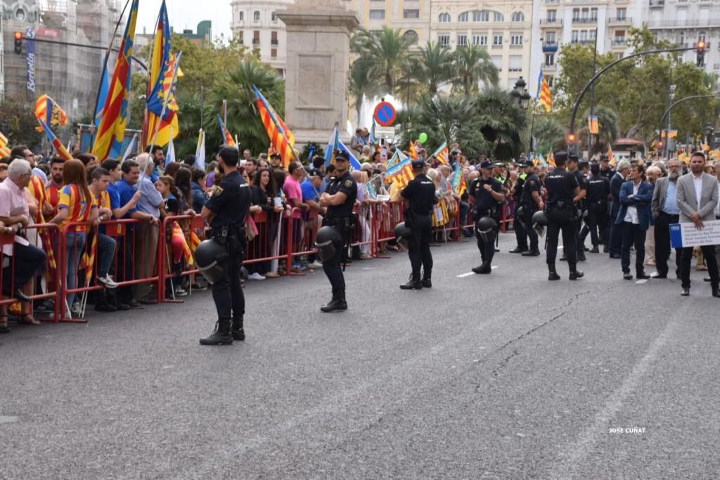 procesion-civica-valencia-9-octubre-senera-senyera-imagenes-16