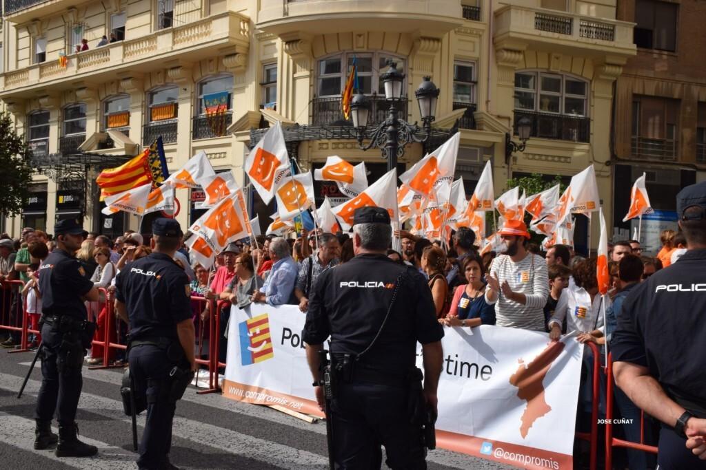 procesion-civica-valencia-9-octubre-senera-senyera-imagenes-27
