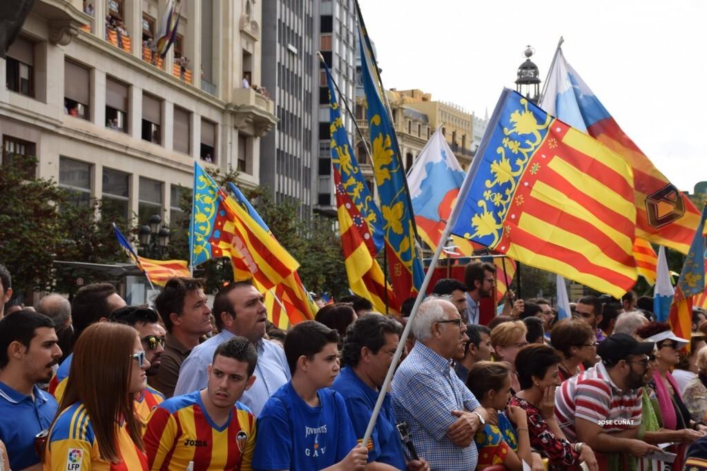 procesion-civica-valencia-9-octubre-senera-senyera-imagenes-29