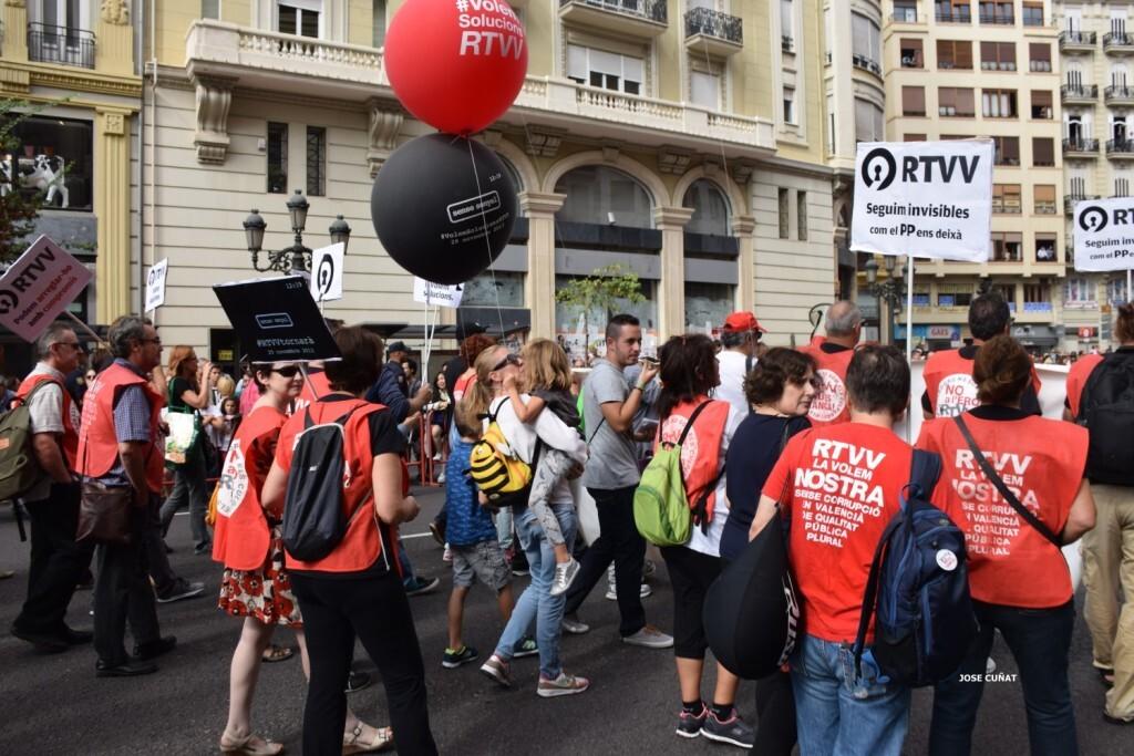 procesion-civica-valencia-9-octubre-senera-senyera-imagenes-32
