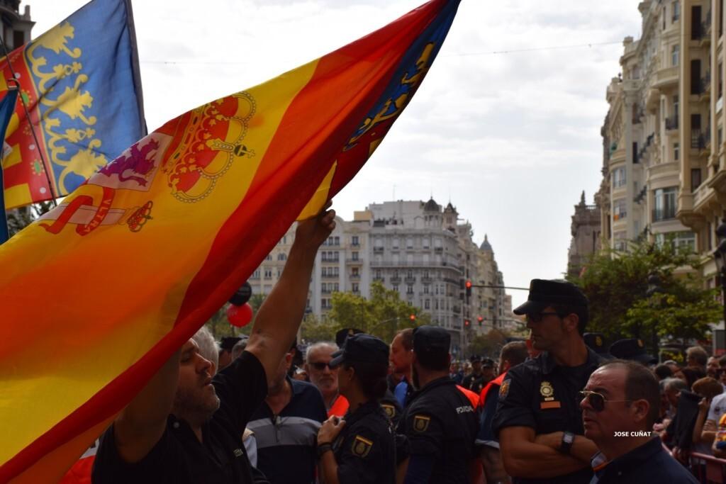 procesion-civica-valencia-9-octubre-senera-senyera-imagenes-36