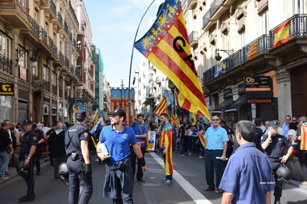 procesion-civica-valencia-9-octubre-senera-senyera-imagenes-46