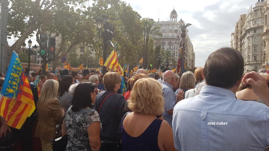 procesion-civica-valencia-9-octubre-senera-senyera-imagenes-6