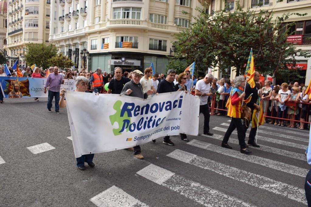 procesion-civica-valencia-9-octubre-senera-senyera-partidos-politicios-15