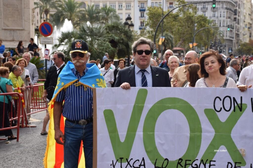 procesion-civica-valencia-9-octubre-senera-senyera-partidos-politicios-22