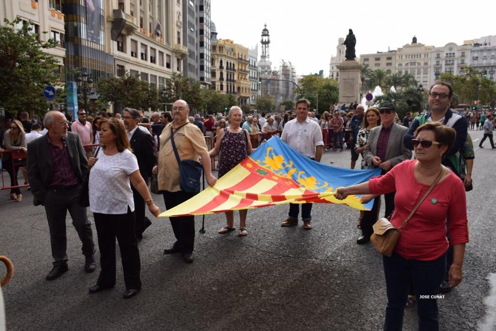 procesion-civica-valencia-9-octubre-senera-senyera-partidos-politicios-23