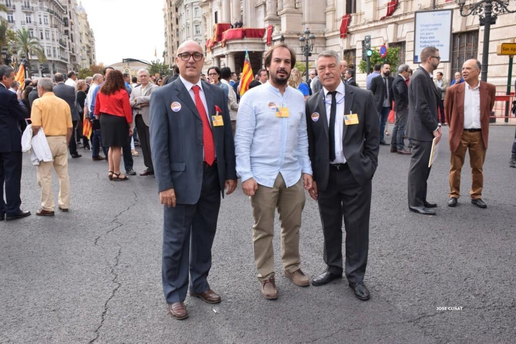 procesion-civica-valencia-9-octubre-senera-senyera-personalidades-11
