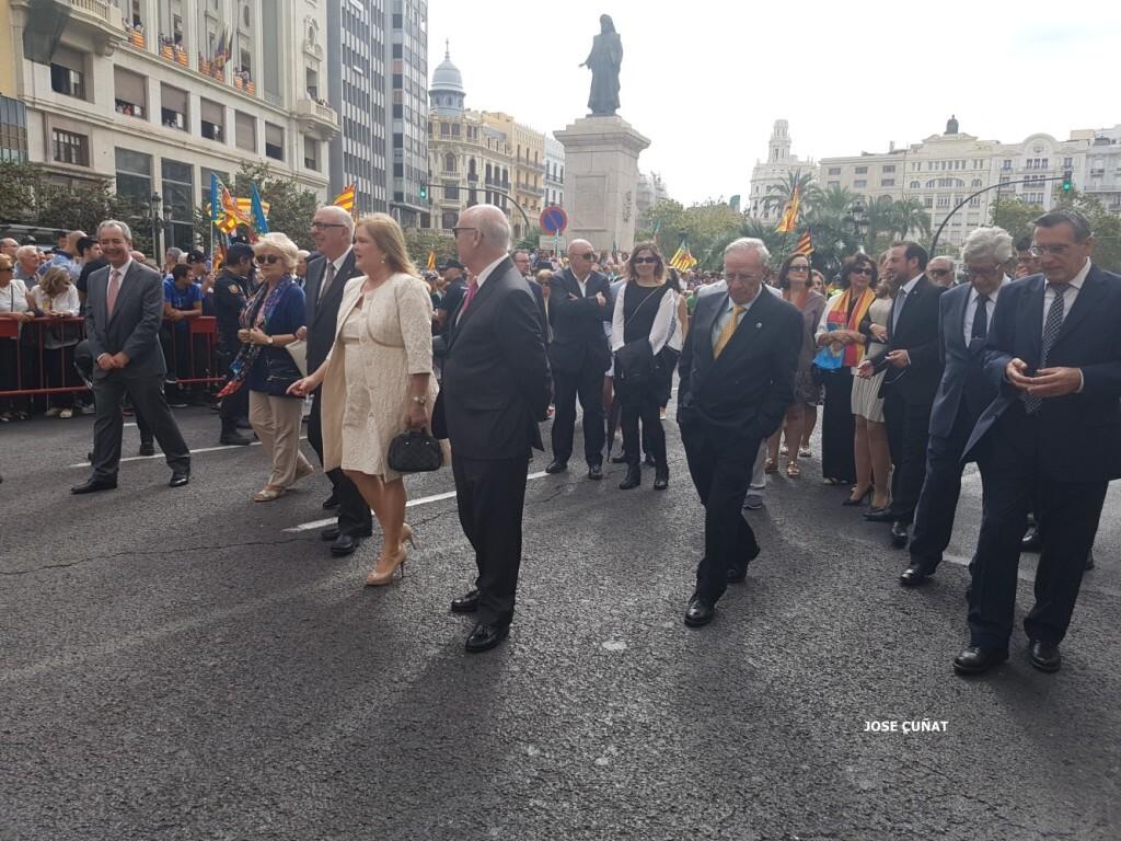 procesion-civica-valencia-9-octubre-senera-senyera-personalidades-2