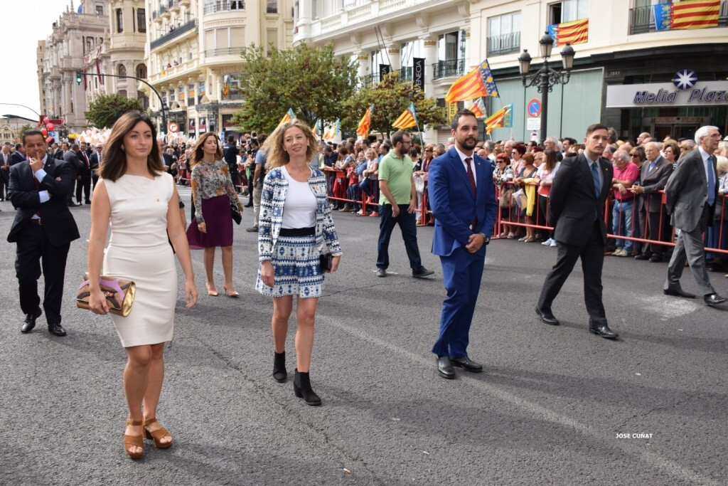 procesion-civica-valencia-9-octubre-senera-senyera-personalidades-28