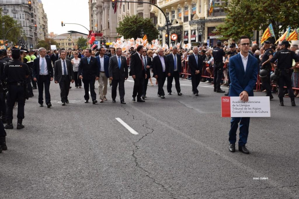 procesion-civica-valencia-9-octubre-senera-senyera-personalidades-29
