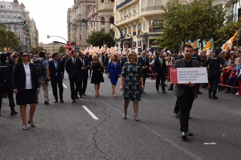 procesion-civica-valencia-9-octubre-senera-senyera-personalidades-31