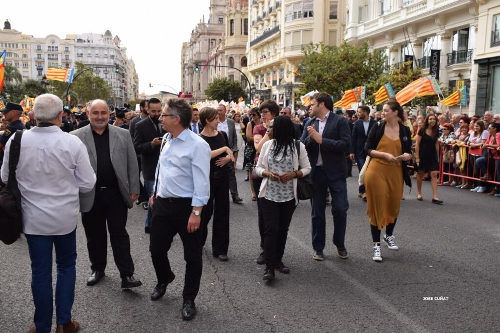 procesion-civica-valencia-9-octubre-senera-senyera-personalidades-34