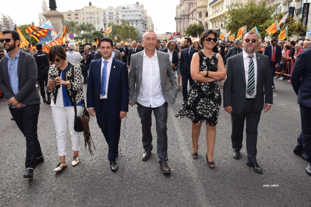 procesion-civica-valencia-9-octubre-senera-senyera-personalidades-36