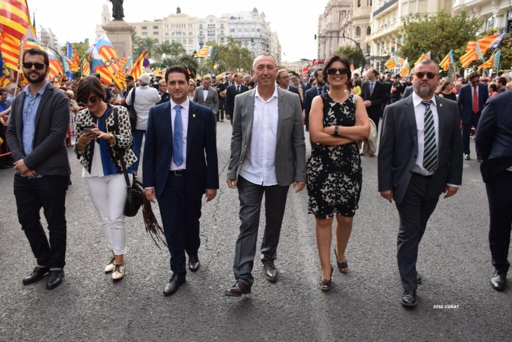 procesion-civica-valencia-9-octubre-senera-senyera-personalidades-37