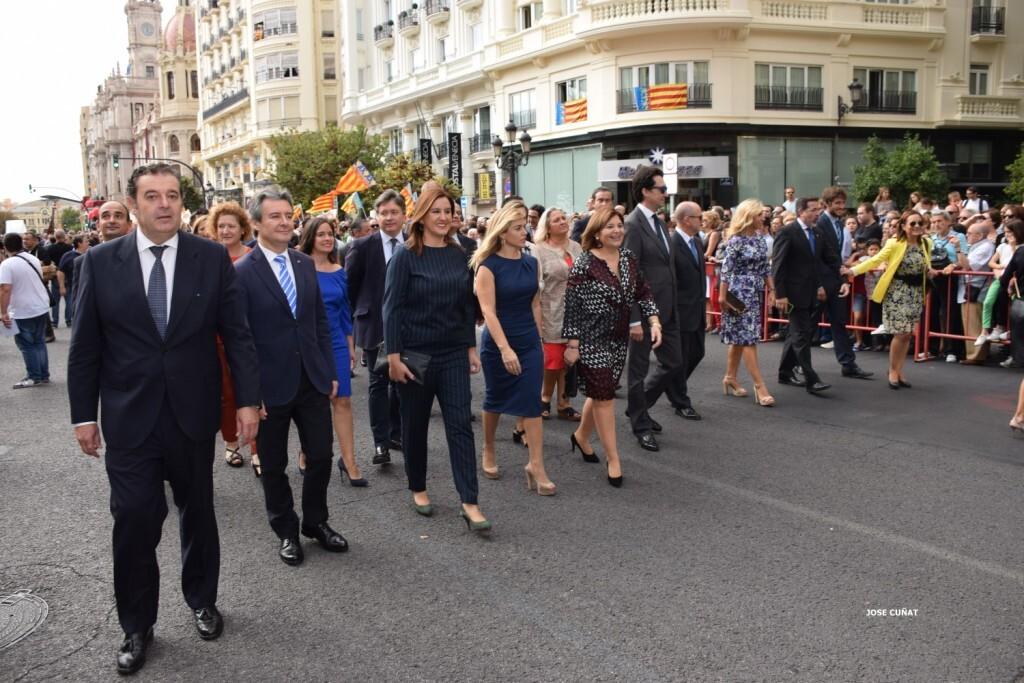 procesion-civica-valencia-9-octubre-senera-senyera-personalidades-41