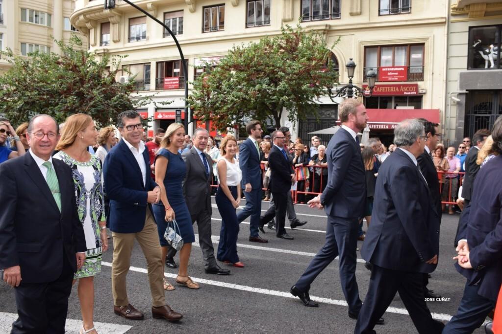 procesion-civica-valencia-9-octubre-senera-senyera-personalidades-45