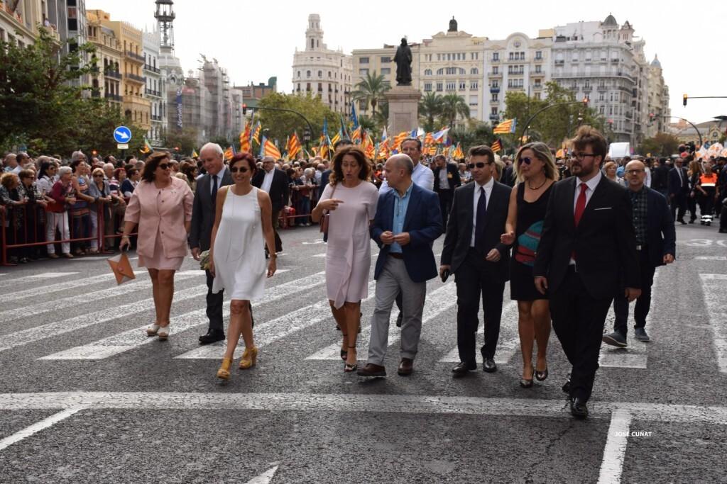 procesion-civica-valencia-9-octubre-senera-senyera-personalidades-49