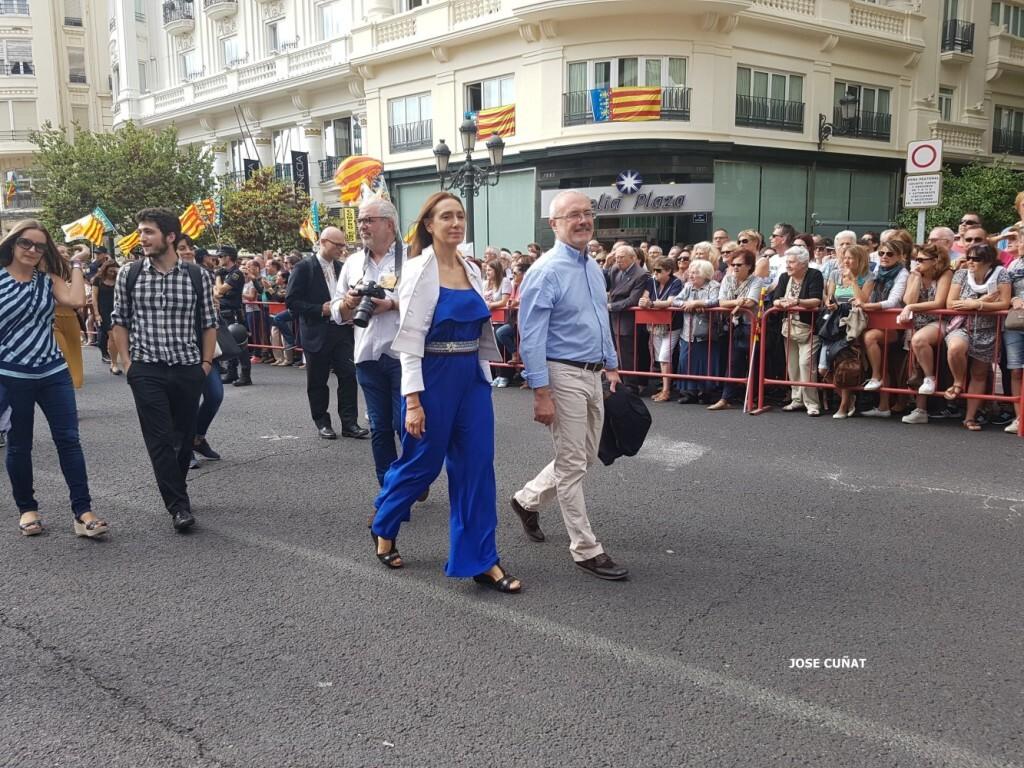 procesion-civica-valencia-9-octubre-senera-senyera-personalidades-5