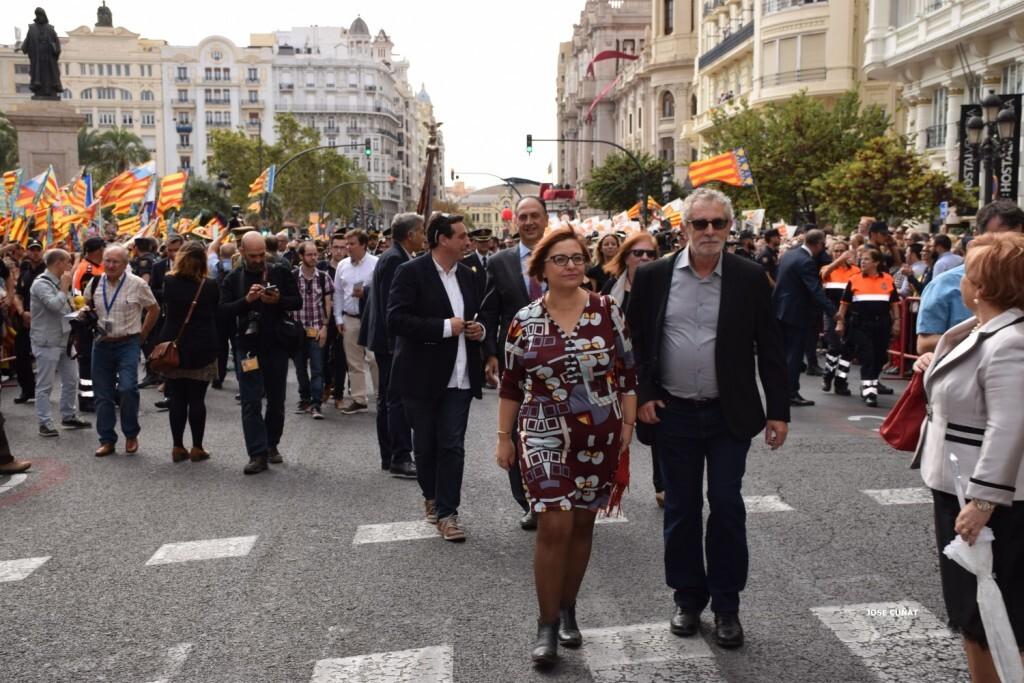 procesion-civica-valencia-9-octubre-senera-senyera-personalidades-50