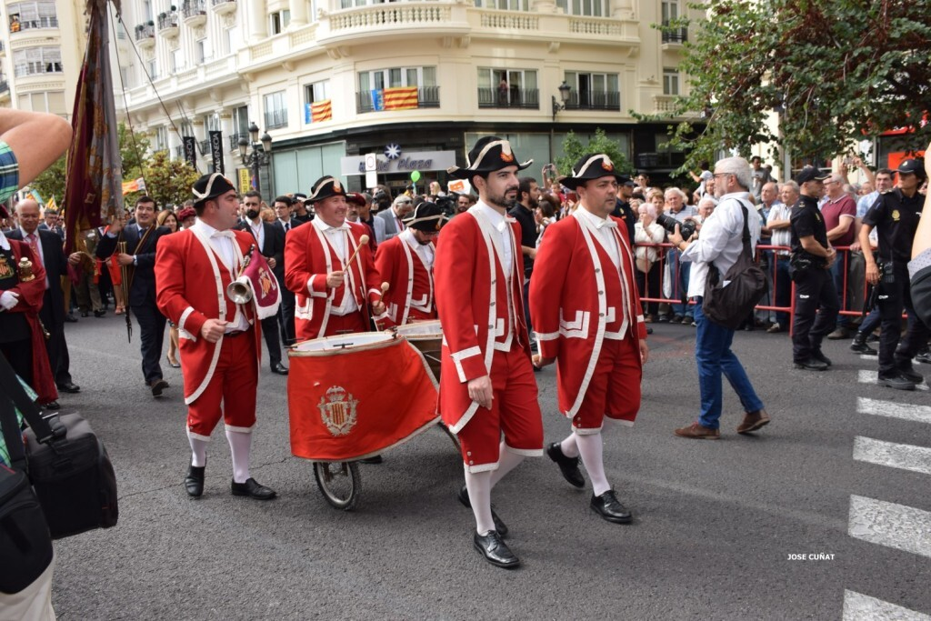 procesion-civica-valencia-9-octubre-senera-senyera-personalidades-52