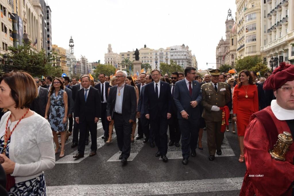 procesion-civica-valencia-9-octubre-senera-senyera-personalidades-57